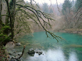 diasappearing lake in winter